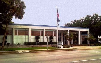 picture of vero beach city hall
